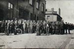 Striking Tyldesley miners in 1926