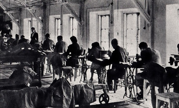 Jewish tailors working in the Warsaw Ghetto 1941